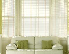 6 Imaginative Tricks: Outdoor Blinds Summer wooden blinds tips.Bamboo Blinds With Valance patio blinds pvc. Modern Blinds, White Wood Blinds, Diy Blinds, Fabric Blinds, Living Room Blinds, Wood Blinds, White Blinds, Blinds, Patio Blinds