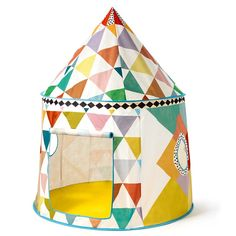 Light and easy to put together, this beautiful tent will look fantastic in a child's bedroom or outside on a sunny day! The bright pattern and modern design make it a delightful play tent for children!