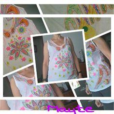 Camiseta pintada a mano.  Colección mandala