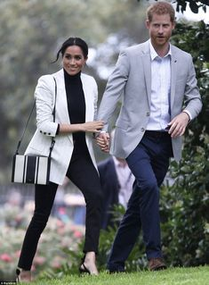 After taking the morning to rest, the duchess reappeared join her husband for a lunch hosted by the Australian Prime Minister at the city's trendy Pavilion Restaurant, pictured. The mother-to-be wore her favourite shoes and bag for the outing, pictured