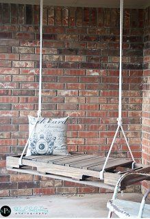 How-To Decorate with Pallets {15 Creative Ideas!}