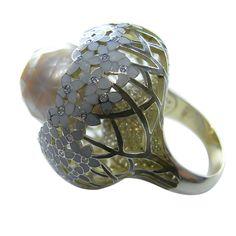 Ilgiz for Annoushka. Hortensia gold ring with diamonds and enamel.