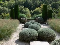 Garden of Nicole de Vésian, Bonnieux, Provence by mustafa birgi1, via Flickr