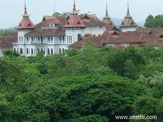 Kowdiar Palace - Trivandrum