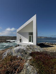 Squish Studio by Saunders Architecture, Canada