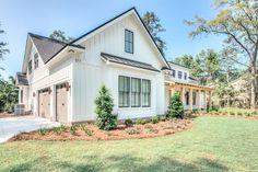 custom homes bridgewater builders llc - Farmhouse Builders