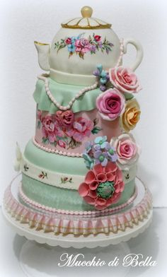 Amia's+Tea+Party+-+Cake+by+Mucchio+di+Bella