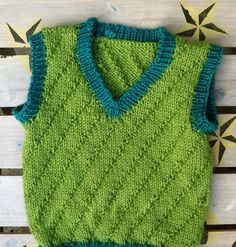 {Edited to add LOTS of links to the vest pattern, since some of you are having a hard time finding it. Save yourself some trouble and visit ...