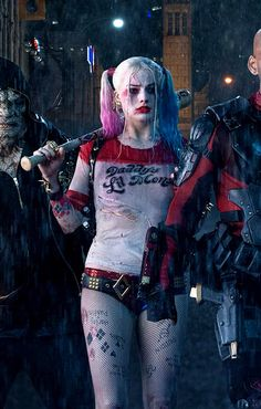 Margot Robbie is gonna Slay as Harley Quinn in Suicide Squad