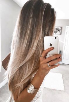 Hair color inspiration, brunette and blonde ombre.