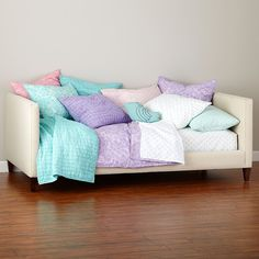 Bed_UPH_Day_CR_HP_TW