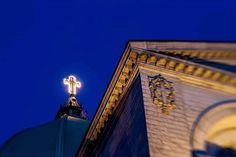 #instapic #photooftheday #instagood #instaarchitecture #architecture_hunter #architecture_view #mtlmoments #mtlphotographer #montrealcity #igersmontreal #church #oratoirestjoseph #bluehour #lensbaby #lensbabylove Joseph, Blue Hour, Insta Pic, Louvre, City, Building, Saint, Travel, Construction