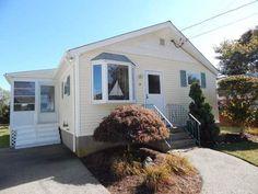 Sewell  Rd. Cottage vacation rental in Narragansett from VRBO.com! #vacation #rental #travel #vrbo