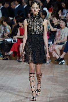 Valentino Fall 2015 Couture Fashion Show - Maartje Verhoef
