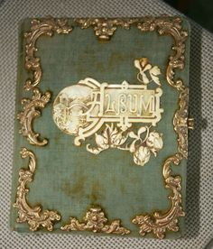 Victorian Photo Album - love this - the center  design is awesome