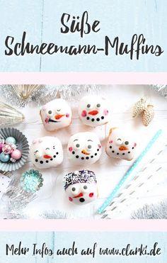 Dieses Rezept und viele weitere Rezepte findest du in dem neuen eBook: Schleckermaul und Schneegestöber - Süße Schneemann-Rezepte, erschienen im BOD-Verlag von der Kreativ-Autorin Kathleen Lassak. In dem Buch dreht sich alles um die Themen Schneemann, Backen, Dessert und Co. #schnee #winter #weihnachten #kochen #backen #affiliate #buch #ebook #kinder #kinderbacken #basteln #clarkidiy Cupcakes, Muffins, Cake Toppers, Bakery, Christmas Ornaments, Holiday Decor, Breakfast, Dessert, Diy