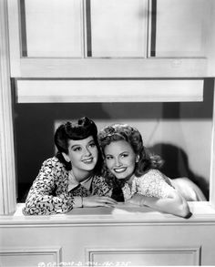 Janet Blair and Rosalind Russell - MY SISTER EILEEN