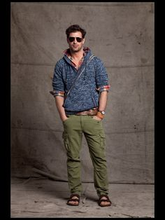Gant by Michael Bastian - Men's Spring Fashion. Love the pants Mens Outdoor Fashion, Mens Fashion, Fashion Menswear, Komplette Outfits, Cool Outfits, Michael Bastian, Barefoot Men, Well Dressed, Spring Fashion