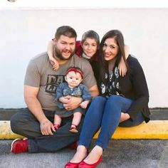 WWE Superstar Kevin Owens (Steen), his wife Karina, their son Owen, and their daughter Élodie Leila. Owen is named after late WWE Superstar Owen Hart. #WWE #WWEFamilies