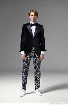Marc Jacobs Unveils Modern Suiting for Fall/Winter 2014 image Marc Jacobs Fall Winter 2014 Collection Look Book Formal Suiting 026 800x1240