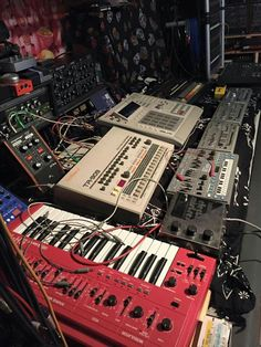 Some old school comin at you Butch & Thomas P. Heckmann (OFFICIAL) @acid @mpc @909 @101 @303 #longdickstyle