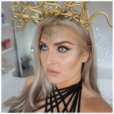 New tutorial  https://youtu.be/fsHQTeTvHGM  #shaaanxo #medusa #halloween #snake