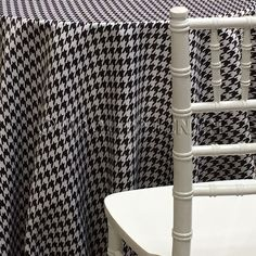 Abstract (Pucci) Tablecloth - Houndstooth