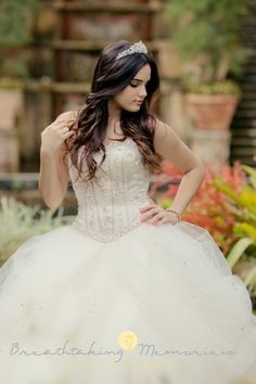 50 Long Hair Models For every major event such as a quince fiesta