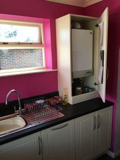 Kitchen Appliance Storage, Kitchen Cupboards, Kitchen Countertops, Kitchen Appliances, Boiler Cover Ideas, Bi Folding Doors Kitchen, Sage Kitchen, Small Galley Kitchens, Cuisines Diy