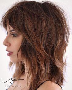 Medium Shaggy Hairstyles, Shaggy Haircuts, Haircut Medium, Cool Haircuts, Short To Medium Haircuts, Modern Haircuts, Modern Shag Haircut, Textured Haircut, Medium Hair Cuts