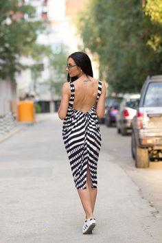 STRIPES DRESS,Maxi Long Dress,Beach Dress,Black & White Dress,Beach Dress,Full Lenght Dress,Plus size stripes dress,ConceptStyle,02C07-00004