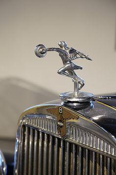 """Años 20 - símbolo Nash Colección """"años 20"""" del Museo Automovilístico de Málaga."""