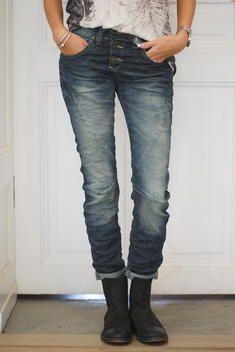 Biskopsgården - PLEASE jeans.