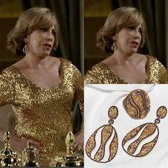 Na #novelaBabilônia, a personagem Consuelo, usou o Conjunto Veliki na versão que combina cravações em ônix e citrino.
