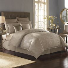 An organized bedroom is the perfect relaxing start and end to your day!  Doesn't this look sumptuous?  Nicole Miller® Metallic Circles Duvet Cover - Bed Bath & Beyond