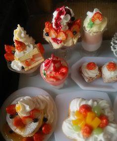 イチゴスイーツ❤ミンネに出品中takakoleo072で検索お願い致します!*❗ #ミニチュア #ドールハウス #フルーツ #果物#食品サンプル  #ジオラマ #模型 #パンケーキ#パン #ケーキ #カフェ #doll #cafe #japon #JAPAN #bread #bakery  #miniatures  #restaurant #sweet