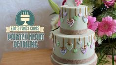 Painted heart detailing on a cake Cake Topper Tutorial, Fondant Tutorial, Cake Craft, Diy Cake, Cake Decorating Techniques, Cake Decorating Tutorials, Decorating Ideas, Tips And Tricks, Fondant Cakes