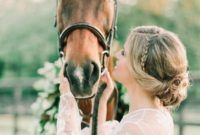 Horse Bridal Photos Flower Diy, Diy Flowers, Winter Bridal Showers, Front Range, Photo Pin, Colorado Mountains, White Roses, Diy For Kids, Event Planning