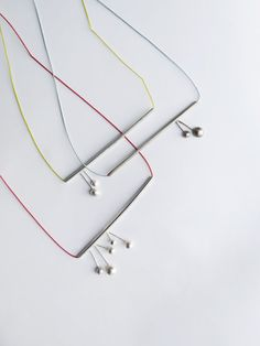 collana di tubo minimo d'argento ' argento ciliegie con senape cordone di seta '