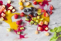 Oh-joy-fruit-ice-cubes-julia-stotz-4