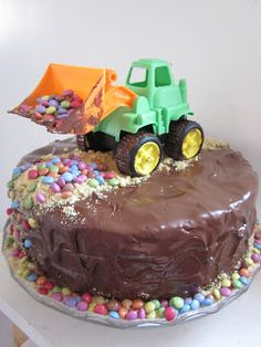 Tractor Cake for Jennings bd