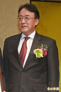 日本交流協會代表沼田幹夫,今天在新書發表會上幽默表示:「大家好,我是狗的代表。」(資料照,記者劉信德攝)
