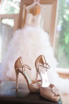 Wedding shoes - cool picture More