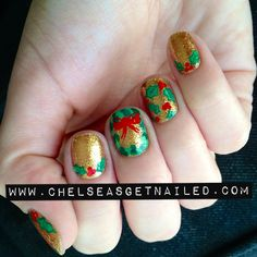 Christmas Wreath and Holly nails