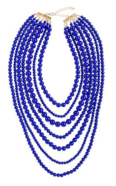 Pretty strand necklace http://rstyle.me/n/iq2mvnyg6