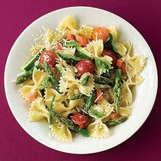 Pasta Primavera Recipe - A Pinterest recipe that actually works, is easy and tastes yummy, which is pretty rare