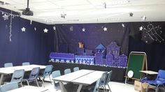 Crafts Under The Stars - Galactic Starveyors - VBS 2017 #vbs2017 #decoration #classroomdecor #classroom #galacticstarveyors #instaschool #stars #moon