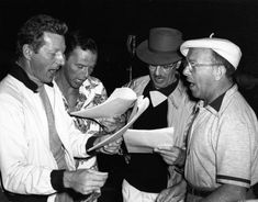 L for legends: Danny Kaye, Frank Sinatra, Groucho Marx & George Burns Golden Age Of Hollywood, Classic Hollywood, Old Hollywood, Harpo Marx, Groucho Marx, Palm Springs, Great American Songbook, John Garfield, Jack Benny