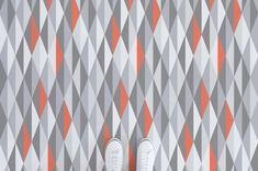Add some Scandinavian elegance to your walls with this laid back geometric mural. Our Coral Diamonds Wallpaper Mural is a great way to get that effortless look in your home, and the splashes of bright coral bring the design to life. Vinyl Sheet Flooring, Diamond Wallpaper, Blue Palette, Patterned Vinyl, Higher Design, Floor Patterns, Vinyl Sheets, Mid Century House, Visual Effects