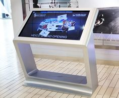 Media table SurfX by Olga Kalugina, via Behance Interactive Table, Interactive Installation, Kiosk Design, Signage Design, Design Web, Banner Design, Digital Kiosk, Digital Signage, Environmental Graphic Design